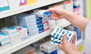 Amoxicilina + clavulanato