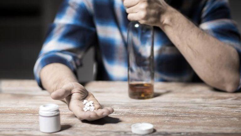 Álcool e antibióticos