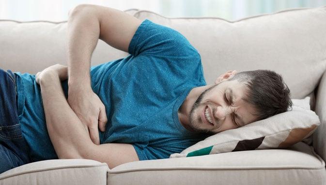 dolor abdominal derecho al lado del ombligo