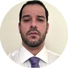 Dr. Leandro Teixeira