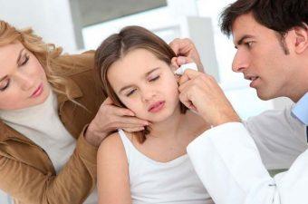 OTITE EXTERNA (ouvido de nadador) – Sintomas, causas e tratamento