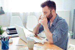 Rinite alérgica (febre dos fenos) – Sintomas e tratamento
